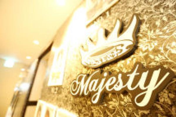 Majesty10